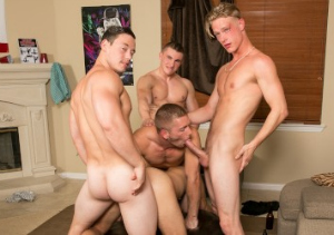 Nice gay adult site with exclusive content.